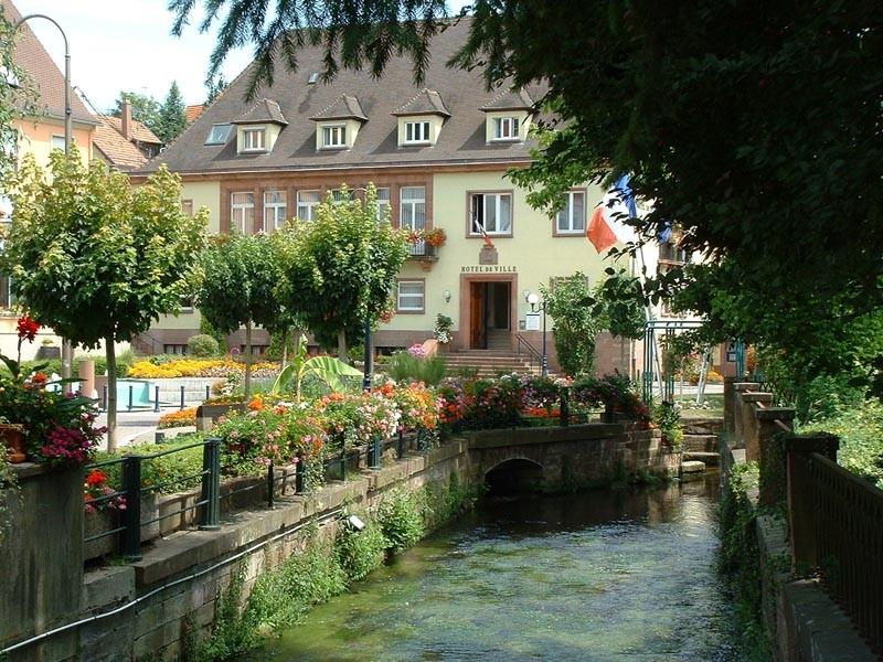 Niederbronn les bains office de tourisme de niederbronn for Piscine niederbronn